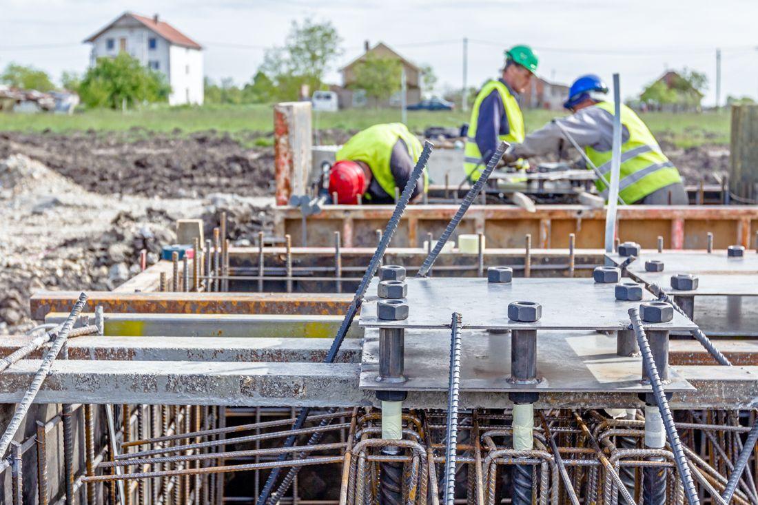 건설 산업 – 건축 과 건설